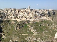 """In giro tra i Sassi di Matera inseriti dall'Unesco tra i """"patrimoni dell'umanità da tramandare alle generazioni future"""""""