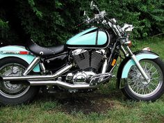 Awesome Honda 2017: 1996 Honda Shadow ACE 1100 original mint/black scallop paint before custom paint...  Vroom!