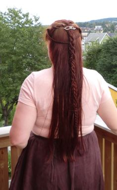 for the Tolkienites - Page 35 Elven Hairstyles, Cute Hairstyles, Braided Hairstyles, Hairdos, Elf Hair, Elf Clothes, Viking Hair, Hair Inspiration, Character Inspiration