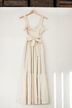 Absolutely STUNNING dress from Chloe, Vestaire Collective.  Reminds me of a midsummer's night dream.