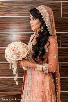 67 Trendy Bridal Hairstyles Pakistani Indian Fashion - New Site Pakistani Bridal Hairstyles, Pakistani Wedding Outfits, Pakistani Bridal Wear, Bridal Outfits, Bridal Dresses, Wedding Hijab, Wedding Hairstyles, Prom Dresses, Dress Wedding