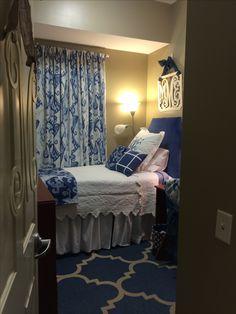 513 best dorm room inspiration images college apartments dorm rh pinterest com