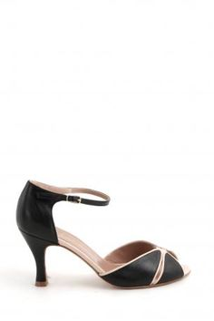 Nora Scarpe di Lusso shoes - Gilda 70 - Black and powder - black and powder color sandals - summer tango shoes with heel 8 cm. Made in Italy. Nora Scarpe di Lusso Shoes Collection Spring Summer 2013.