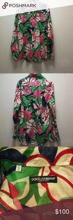 Dolce & Gabbana Shirt Dolce & Gabbana flowered shirt Size 16 1/2 Condition good Dolce & Gabbana Shirts Casual Button Down Shirts