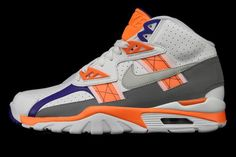 5b80d03e755 Nike Air Trainer SC Hight Youth Basketball Shoes