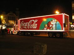 Advertisement Posters of Coca-Cola Past to Present - Dzinepress Coca Cola Santa, Coca Cola Christmas, Coca Cola Ad, Always Coca Cola, Christmas Truck, Christmas Ideas, Christmas Scenes, Christmas Pictures, Christmas Time