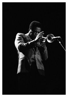 """Freddie Hubbard """"Latina"""" Solo Transcription and Analysis by Steve Khan Musician Photography, Music Photographer, Jazz Artists, Jazz Musicians, Jazz Blues, Blues Music, Live Music, Good Music, Freddie Hubbard"""