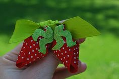 willow bows: Sculptured Hair Clips