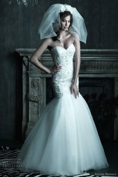 Romantic ball gown with sweetheart neckline and bodice adorned with lace applique, embroidery and Swarovski crystals <3