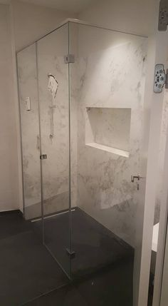 Eine der vielen Duschen, die wir mit unseren eigenen Händen erreichen konnten. Elegant. Sicher. Hygienisch   DuschFit Montage, Bathtub, Bathroom, Elegant, Shower Cabin, Separate, Showers, Glass, Standing Bath