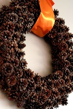 DIY fall wreath using pinecones from the backyard!