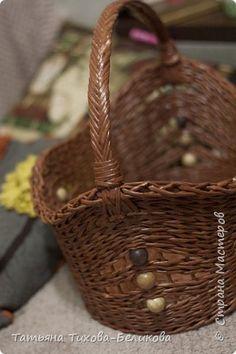 Поделка изделие Плетение моя корзиночка Бумага газетная фото 2