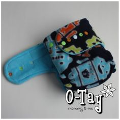 Robot hybrid fitted cloth diaper.
