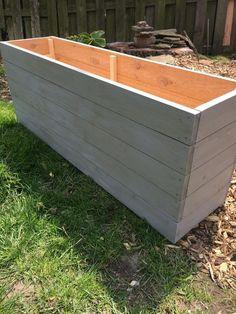 8 Excellent Pallet Garden Ideas For Your Backyard Long Planter Boxes, Cedar Planter Box, Outdoor Planter Boxes, Patio Planters, Wooden Planters, Pallet Planters, Concrete Planters, Flower Planters, Ceramic Planters