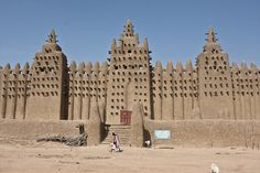 Great Mosque of Djenne in Mali. Note the grandeur of the gate. N'gozi.