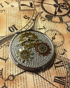 Steampunk gear compact mirror. Great Christmas gift! Available at AdornmentsByValerie.etsy.com   Check out this item in my Etsy shop https://www.etsy.com/listing/258463511/steampunk-watch-gear-cosmetic