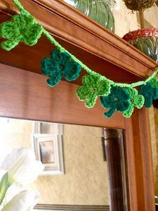 Crocheted Shamrock Garland Pattern