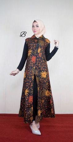 Rufen Sie die WhatsApp-Bestellung an (nur Text) Pin BB - abanix Batik Fashion, Hijab Fashion, Fashion Outfits, Womens Fashion, Abaya Designs, Blouse Batik, Batik Dress, Cardigan Azul, Batik Muslim