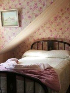 Attic Renovation, Attic Remodel, Rose Cottage, Cottage Style, Rustic Cottage, Cozy Bedroom, Bedroom Decor, Cottage Bedrooms, Country Bedrooms