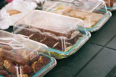 Веган браунита #vegan #farmersmarket #market #sofia Vegan, Food, Meal, Eten, Meals