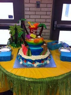 Grad cake 2015