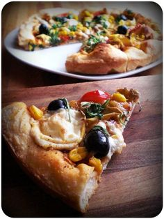 Pizza- Teig 8 Tage lang im Kühlschrank gehen lassen Hot Dog Buns, Hot Dogs, Vegan, Cheesesteak, Wednesday, Bread, Php, Experiment, Ethnic Recipes