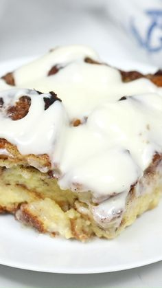 This easy Cinnamon Roll French Toast Casserole is a french toast casserole recipe that you make ahead of time and let sit overnight. It is made with brioche bread and stuffed with cinnamon and sugar for the ultimate cinnamon roll flavor! Drizzle it with a Köstliche Desserts, Delicious Desserts, Dessert Recipes, Yummy Food, Healthy Desserts, Salad Recipes, Cinnamon Roll French Toast, French Toast Bake, Cheese