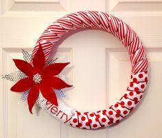 Felt Poinsettia Wreath Christmas Lights Garland, Christmas Ornaments To Make, Christmas Wreaths, Christmas Crafts, Merry Christmas, Poinsettia Wreath, 4th Of July Wreath, Centerpieces, Felt
