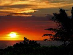 The World Visit: Hawaii Beach Sunset