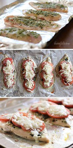 Skinny Chicken Pesto Bake | Skinnytaste.