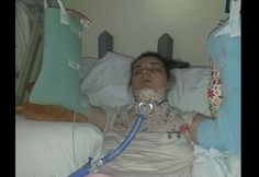 """Sofrimento: doença rara que afeta as juntas faz jovem dormir """"amarrada"""" para não se machucar - Fotos - R7 Saúde"""