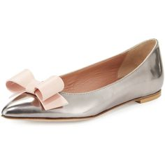 Red Valentino Metallic Leather Bow Ballerina Flat (955 SAR) ❤ liked on Polyvore featuring shoes, flats, leather pointed toe flats, bow flats, leather slip on shoes, slip-on shoes and leather pointy toe flats