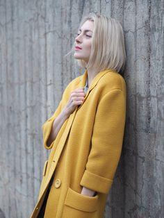 My yellow spring coat | Photo: Pupulandia