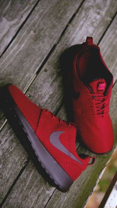 Nike Roshe Run Casual Red