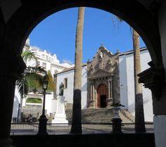 Die Kirche San Salvador im Zentrum - Altstadt Santa Cruz de la Palma