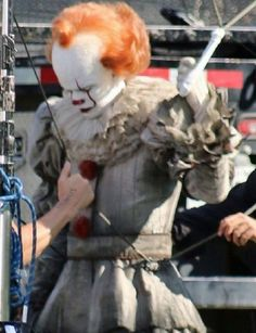 Bill Skarsgard Winter Fire, Its 2017, Pennywise The Dancing Clown, Bill Skarsgard, Drawing Base, Masters, Horror, Fandoms, Costume
