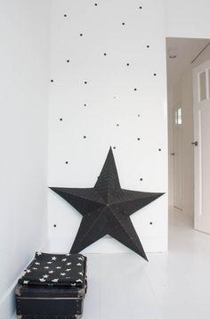 Una vivienda perfecta con justa decoración navideña (21)