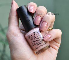 Lindo esmalte nude da OPI - Dulce de Leche! Maravilhoso para qualquer estação do ano.