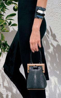 Perrin Paris Paris Look, Bags 2017, Luxury Bags, Leather Accessories,  Beautiful Bags 292122eb27