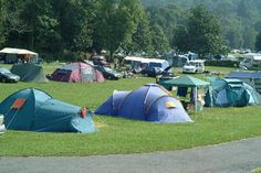 Camping at River Dart: Enjoy the beautiful settings of Dartmoor National Park next to the River Dart. Open from Easter until the end of September. Holidays, travel, vacation, Great Britain, West Country, England, GB, United Kingdom, Countryside, Dartmoor, camping