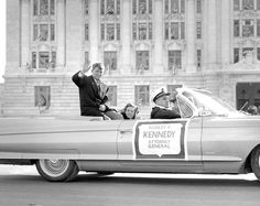 Attorney General Robert Kennedy with wife Ethel in President John F. Kennedy's inaugural parade, January 20th, 1961.❤❤❤ ❤❤❤❤❤❤❤    http://en.wikipedia.org/wiki/Robert_F._Kennedy  http://en.wikipedia.org/wiki/Ethel_Kennedy