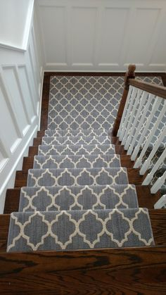 Stair runner installed in Larchmont. Tuftex Taza by Main Street Floor & Shade – staircase Carpet Design, Diy Carpet, Remodel, Stairway Carpet, Modern Staircase, Home Decor, Hallway Colours, Narrow Hallway Decorating, Wood Stairs