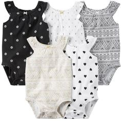 """Each set comes with 5 different colors/patterns. Pick your favourite one and save big today! Made of a delicate, soft and comfortable cotton and polyester mix. The three buttons in the crotch made of durable metal make changing diapers super easy and fast. Size Baby Height Recommended Age* 6M 55-67cm / 21.7-26.4"""" 3-6"""
