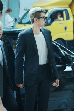 [ Completed ♥️ 23 August 2017 ] in Fanfics Jimin, Rapmon, Kim Namjoon, Bts Rap Monster, Airport Style, Airport Fashion, I Love Bts, Bulletproof Boy Scouts, Bts Boys