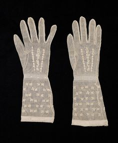Gloves, French, fourth quarter 18th century, silk