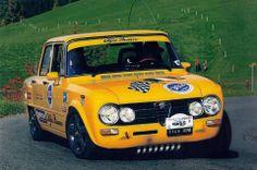 Alfa Romeo Giulia - Yellow Car