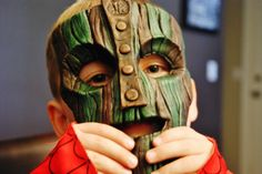 Father creates an awesome mask for his son.  http://www.archipelagofiles.com/2014/04/father-creates-with-his-own-hands.html