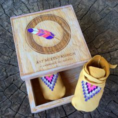 100% Handmade, Nativemade, intricately beaded moccasins. Made of a premium, supple deerskin leather. Perfect for those precious lil toes!