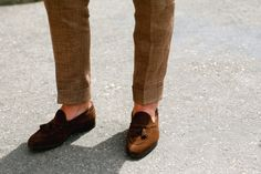 Trouser cuff amazing, slimming down at bottom, brown suede loafers no socks. Trousers that unnecessarily gather at bottom are a distraction
