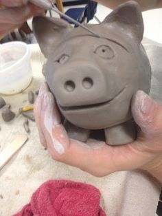 Pottery Class Ideas 25 Pinch Pot Ideas For Kids – Page 6 – Play Ideas Clay Pinch Pots, Ceramic Pinch Pots, Ceramic Clay, Pottery Animals, Ceramic Animals, Clay Animals, Clay Projects For Kids, Kids Clay, Ceramics Projects
